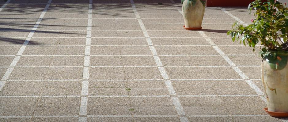 Terrazos fuster f brica de terrazo en polop alicante for Piedras para patios exteriores